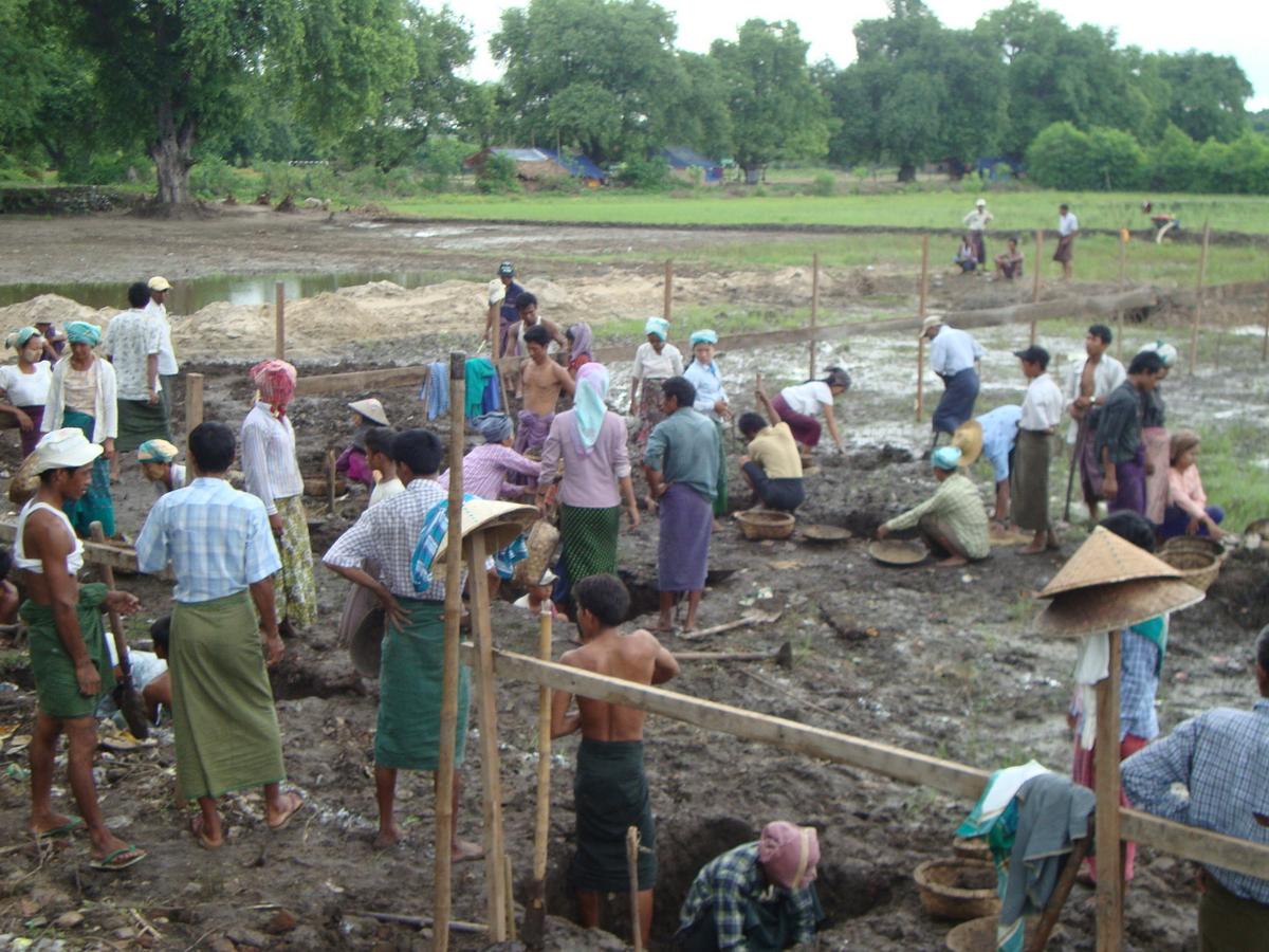 Build schools in Burma Myanmar - Building Middle school in Hti Hlaing - Sagaing Division - 100schools, UK registered charity